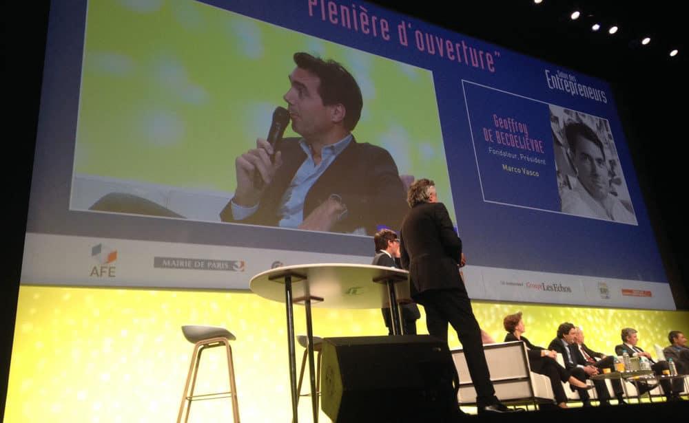 prise de parole du fondateur et président de Marco Vasco lors d'une conférence
