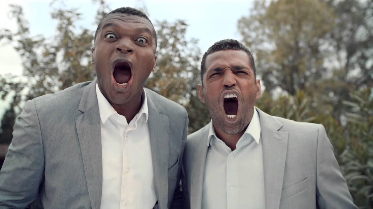 Deux hommes crient pour Betclic