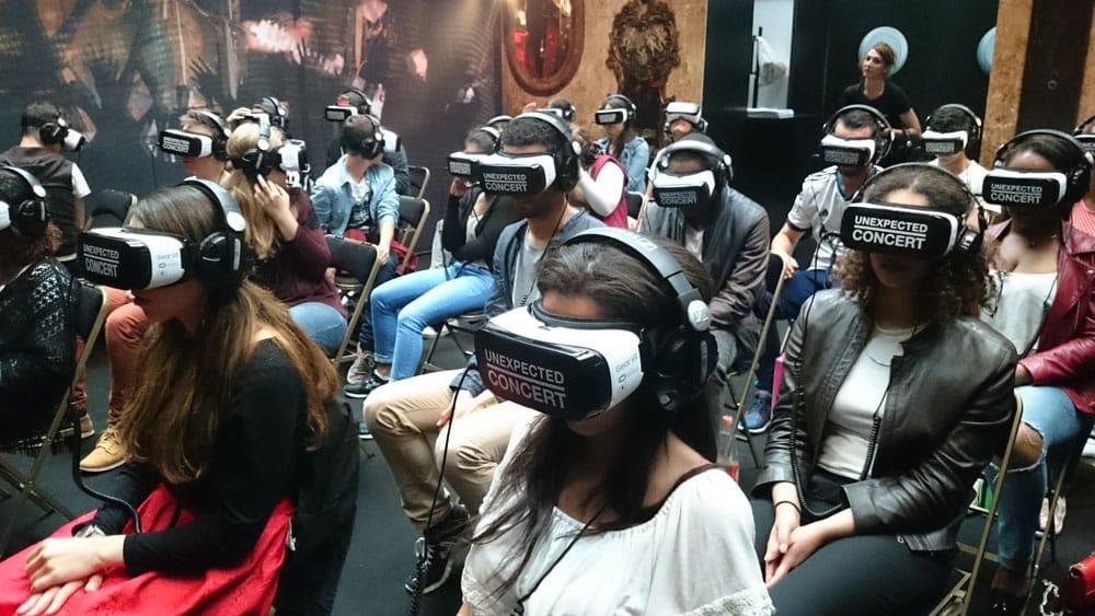 Public du concert en VR Unexpected Concert par Yaël Naïm